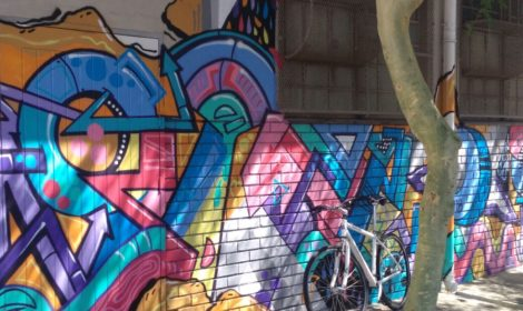 3 hour Graffiti & Wall Art Cycle tour